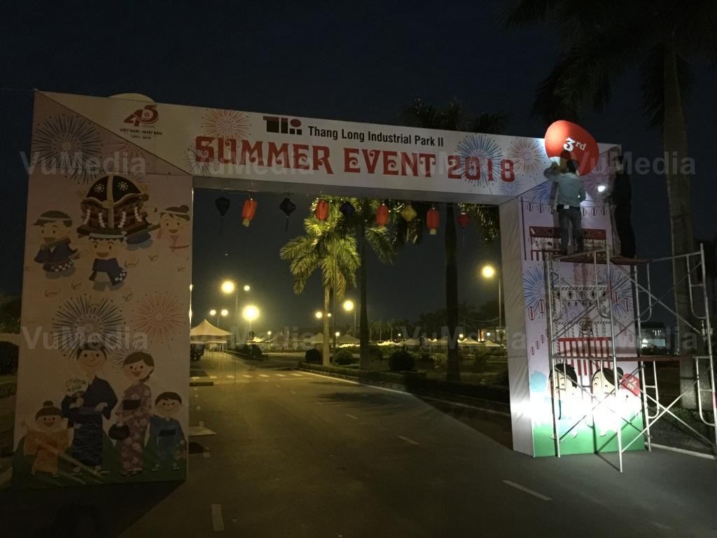 Cổng chính vào lễ hội Summer Festival